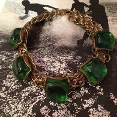 Large emerald #gripoix collar Made in France #vintagejewelry