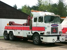 MACK - TOW TRUCK , RECOVERY