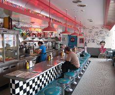 Image detail for -Nostalgia and fun abound at the 66 Diner 1950s Diner, Vintage Diner, Retro Cafe, Retro Diner, Cafe Bar, Diner Aesthetic, Diner Decor, American Interior, American Diner