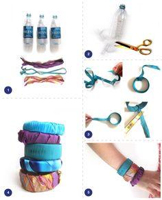 braccialetti creati con plastica di bottiglie e stoffa/nastri