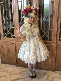 cinnabunnylol:  My outfit shot by Marthanessat the Otakon tea party…
