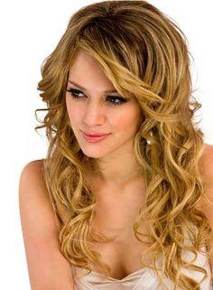 Immagine di http://www.hairstyleagain.com/wp-content/uploads/2012/01/10/women-fall-hairstyle1.jpg.