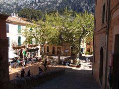 Berg Dorf im Norden von Mallorca Fornatlux