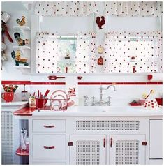 Black and white polka dot cafe curtains for kitchen?