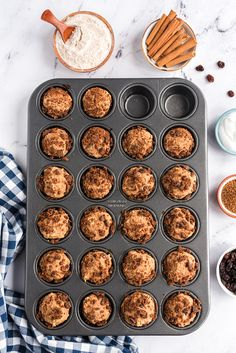 The taste of CINNABON, in a healthy, easy-to-make muffin! Recipe is vegan, whole-grain, oil-free, nut-free. Delicious muffins that will be a family favorite. Healthy Vegan Desserts, Vegan Breakfast Recipes, Vegan Sweets, Healthy Dessert Recipes, Brunch Recipes, Brunch Ideas, Bread Recipes, Vegan Recipes, Clean Breakfast