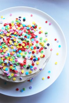 How to male an edible cake confetti 5