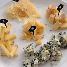 """Cheese Sampling! One of my favorite activities. #simplepleasures #cdncheese"" - Momwhoruns"