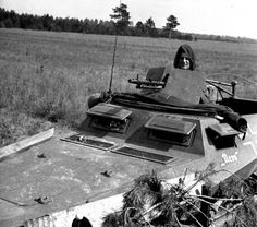 "A small German half-track Sd.Kfz. 250/1 armed with MG-34 behind a 5mm shield, nicknamed ""Nero""."