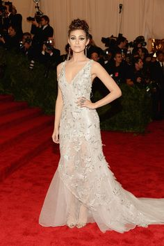 Best Ethereal Beauty: Emmy Rossum in Donna Karan Atelier gown, Giuseppe Zanotti shoes, Iritdesign jewelry