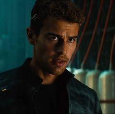 Four Tobias, Divergent Theo James, Divergent Four, Divergent Insurgent Allegiant, Divergent Series, New James Bond, James 3, Theodore James, Veronica Roth