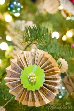 Rhonna DESIGNS: DIY Christmas No. 4 :: Christmas Wreath & Lollies