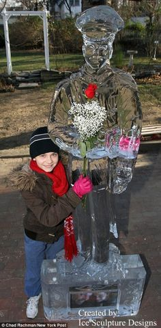 Ice Carvings and Ice Art - Ice Sculpture Designs #IceArt #Sculpture #CrystalClear