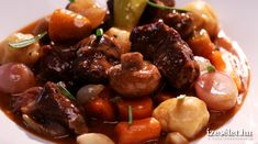 Sörös marharagu krumpligombóccal - Receptek | Ízes Élet - Gasztronómia a mindennapokra Jamie Oliver, Kung Pao Chicken, Beef, Meals, Cooking, Ethnic Recipes, Cook Books, Food, Youtube
