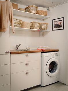Historiska hem Stacked Washer Dryer, Washer And Dryer, Washing Machine, Villa, Home Appliances, Bathroom, Future, Domestic Appliances, Kitchen Appliances