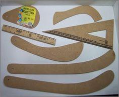 Todas estás reglas se pueden tener en madera:    Las reglas de madera las encuentran en La Reina( Colombia )