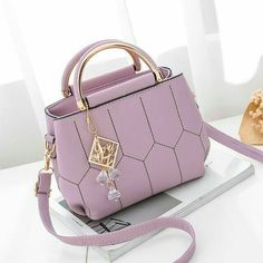 Popular Handbags, Trendy Handbags, Fashion Handbags, Fashion Bags, Cheap Handbags, Luxury Handbags, Chanel Handbags, Luxury Purses, Cute Handbags