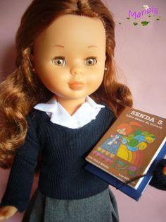 Nancy con diseño de Nina Riojana Nancy Doll, My Childhood, Doll Clothes, Barbie, Vintage, Children, Childhood Memories, Doll Dress Patterns, Dolls Dolls