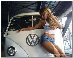 Posts about GirlsBus written by malopalagua Vw Bus, Bus Camper, Racing Moto, Kombi Interior, Carros Vintage, Combi T1, Volkswagen Minibus, T6 California, Bus Girl