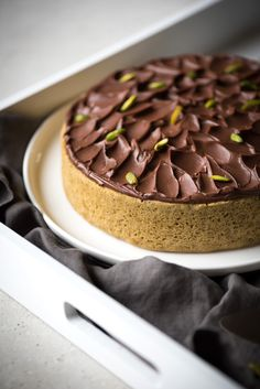 Gâteau Pistache Chocolat | Lilie Bakery http://liliebakery.fr/gateau-pistache-chocolat/
