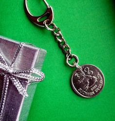 Birthday Finnish Coin Purse Pull, 1 Soumen, also 1973 and 31st Birthday, 30th Birthday Gifts, Christmas Labels, World Coins, Key Fobs, Star Earrings, Celtic Knot, Finland, Vintage Items
