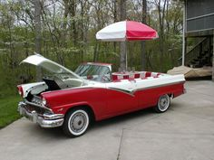 Funny Vehicles: 1956 Ford convertible becomes BBQ grill & diner
