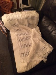 Baby shawl woven in five panels
