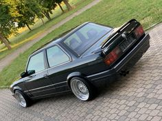 bmw 325 coupe m technik fully restored in Mecklenburg-Vorpommern - Krackow Bmw 318i, Bmw E34, Bmw E30 325, Bmw E30 Stance, Bmw Girl, Bmw Classic Cars, Rims For Cars, Tuner Cars, Bmw 3 Series