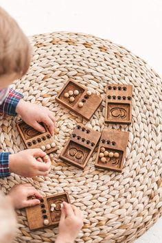 Puzzles For Toddlers, Activities For Kids, Back To School Gifts For Kids, Making Wooden Toys, Waldorf Toys, Montessori Activities, Educational Toys, Educational Software, Learning Toys