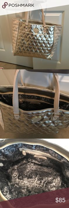 Betsy Johnson gold tote bag Excellent condition, like new. No defects, rips, or tears. Betsey Johnson Bags Totes