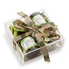 Rosh Hashanah Gift Basket | Simple and elegant, this acrylic tray is the perfect gift. With Savannah Bee Honey, dried kiwi and Shay's soft caramels (dairy) you couldn't have asked for a sweeter gift!