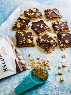 Snickers Bar Slice - Best Protein Snack Recipe from True Protein Clean Eating Recipes, Healthy Eating, Snickers Bar, Coconut Flakes, Biscuits, Caramel, Deserts, Cookies, Chocolate