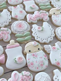 The best baby shower cookies for boy babies, baby shower cookies for girl babies and neutral baby shower cookies. From decorated baby shower cookies with royal icing, fondant baby shower cookies, simple baby shower cookies & so much more! Duck Cookies, Baby Girl Cookies, Fancy Cookies, Baby Shower Cookies, Royal Icing Cookies, Sugar Cookies, Baby Shower Cookie Cutters, Heart Cookies, Valentine Cookies