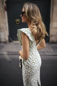 Ideas For Fashion Dresses Green Heels Dresses For Teens, Casual Dresses, Formal Dresses, Summer Dresses, Summer Outfit, Nyc Fashion, Vogue Fashion, Green Dress, White Dress