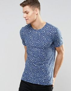 United Colors of Benetton T-Shirt with All Over Floral Print