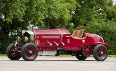 1919 American La-France - LaBestioni Speedster  (Saw a 1917 model in Carmel yesterday...a real beauty!)