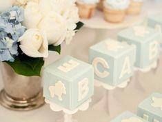 baby-blocks-baby-shower-decorations