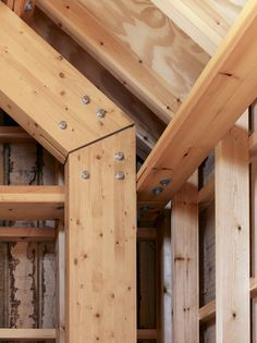 Image 6 of 19 from gallery of Long Sutton Studio / Cassion Castle Architects. Courtesy of Cassion Castle Architects Timber Architecture, Timber Buildings, Architecture Details, Ancient Architecture, Sustainable Architecture, Landscape Architecture, Pergola, Timber Structure, Wood Joints