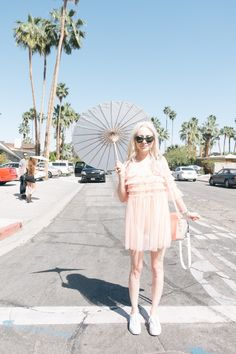 Bookmark this for festival street style inspiration from Coachella, like a pink monochromatic outfit. Cool Street Fashion, High Fashion, Event Calendar, Street Style Looks, Coachella, Fashion Forward, Tulle, Swimsuits, Style Inspiration