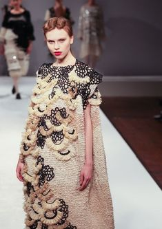 Shengwei Wang -- MA Fashion (Knitwear Fashion) 2013,   Central Saint Martins College of Art & Design