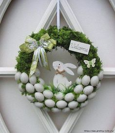 Osterkranz Ostern Trdeko Dekokranz Eierkranz Mooskranz 25 cm in Mbel amp; Deco Wreaths, Holiday Wreaths, Easter Wreaths Diy, Easter Activities, Easter Celebration, Easter Holidays, Diy Wreath, Wreath Ideas, Spring Crafts