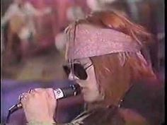 ▶ Guns N Roses - One in a Million - YouTube