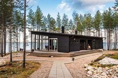 Modern Cabin in Finland Bungalow, Summer Cabins, Casas Containers, Cottage Design, Style At Home, House In The Woods, Cabana, Future House, Tiny House