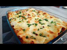 Lazania z kurczakiem i pieczarkami Składniki: filet z kurczaka 500 g, makaron lasagne, pieczarki, czosnek, cebula, pomidory z puszki, ser żółty, mozzarella, olej rzepakowy, tymianek, zioła prowansalskie, papryka słodka łyżeczka, sól, pieprz Jamie Oliver, Mashed Potatoes, Mozzarella, Food And Drink, Vegetables, Ethnic Recipes, Lasagna, Whipped Potatoes, Smash Potatoes