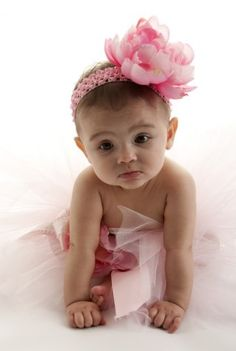 Modern baby girl names Modern Baby Girl Names, Names Girl, Cool Middle Names, Disney Crib Bedding, Conceiving A Girl, Baby Names 2018, Baby Name Generator, Baby Name List, Baby Names And Meanings