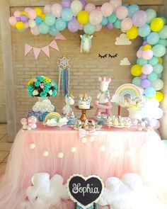 Las mejores ideas para decorar un baby shower 2019 - 2020 Unicorn Birthday Parties, Baby Birthday, Birthday Party Decorations, Baptism Party, Baby Party, Rainbow Unicorn Party, Backdrops For Parties, Princess Birthday, First Birthdays