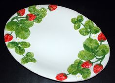 BASSANO KERAMIK ° ovale PLATTE  42 cm °  ERDBEEREN  ° Relief °