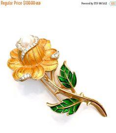 March Sale     Crown Trifari Enamel Rose Brooch  #vintage #jewelry #fashion #rosebrooch #vintagebrooch #Trifaribrooch #TrifariRose #enamel #BATB #roseforbelle #signed #giftforher #Mothersday #fauxpearl #rhinestoneaccents