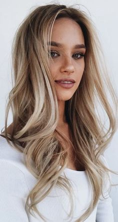 Beige Blonde Balayage - 20 Beautiful Winter Hair Color Ideas for Blondes - Photos Years Winter Hairstyles, Pretty Hairstyles, Blonde Hairstyles, Hairstyle Ideas, Wedding Hairstyles, Balayage Hairstyle, Everyday Hairstyles, Easy Hairstyles, Hairstyle Men
