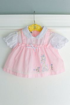 6-9 months: Pink Baby Dress with Appliquéd Giraffe and Matching Bloomers, Diaper Cover, Vintage, Size 6-9 months, sweet and girly