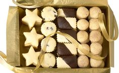 Whipped Shortbread - this is THE BEST shortbread recipe ever. A family favorite at Christmas time! Best Shortbread Recipe Ever, Best Shortbread Cookies, Shortbread Recipes, Desserts Menu, Healthy Dessert Recipes, Cookie Desserts, Cookie Bars, Holiday Baking, Christmas Baking